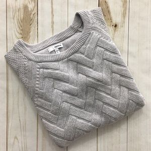 Sonoma Woman's Gray Long Sleeved Sweater Size XL